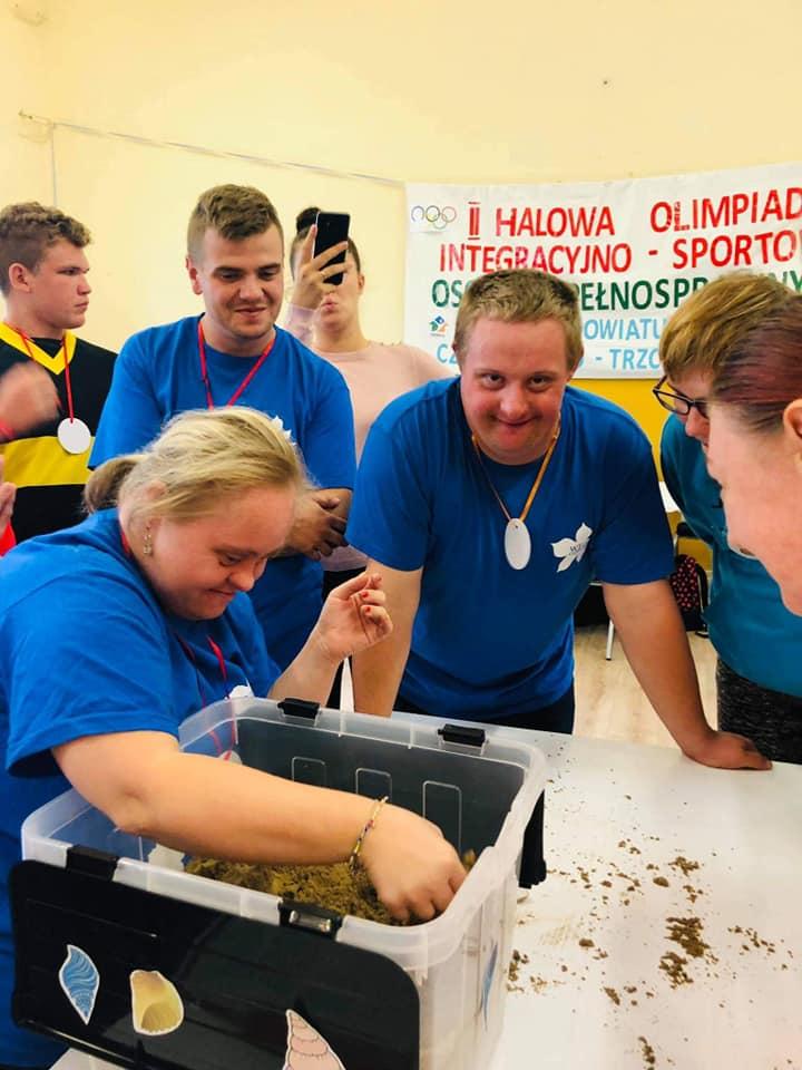 II Halowa Olimpiada Integracyjno-Sportowa dla Osób Niepełnosprawnych z Powiatu Czarnkowsko – Trzcianeckiego